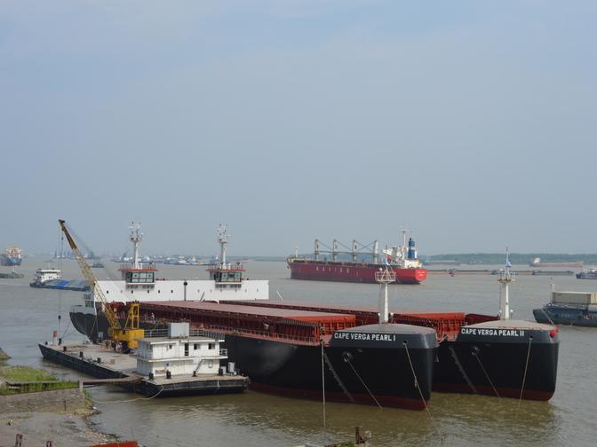 Oplevering bauxiet carries SMT Shipping Concordia Damen